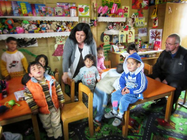 Bruder Andreas besucht den Kindergarten
